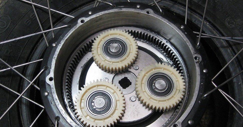 Шестерни редукторного мотор-колеса