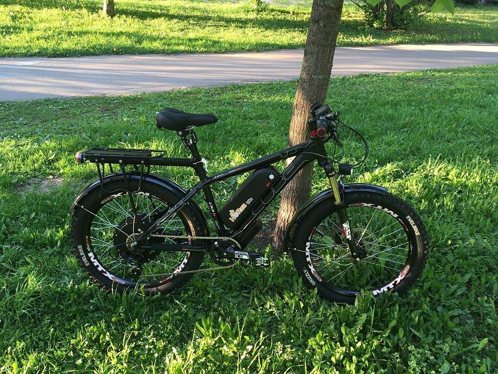 Электровелосипед Horza CUBE LDMT с крыльями, багажником